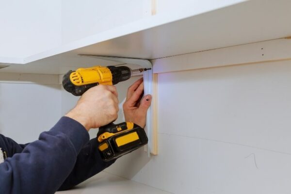 How To Easily Calculate Angles for Shelf Support Brackets
